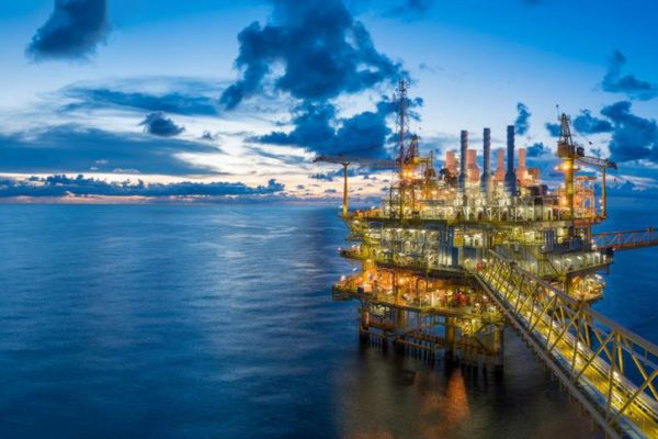 how the oil and gas industry is making better use of sustainable technologies